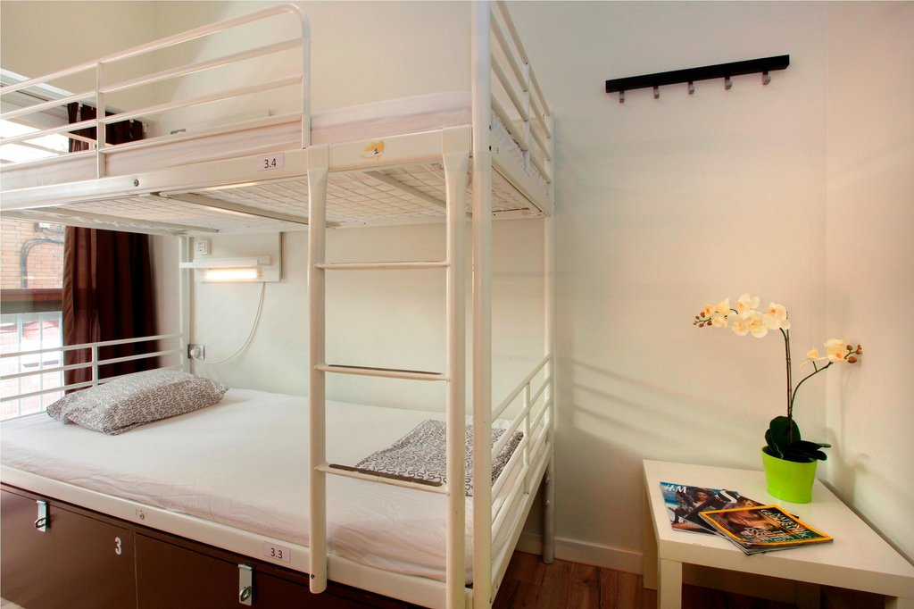 dormitory-room 1